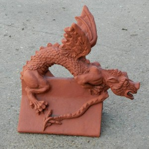 baby art angled roof dragon finial